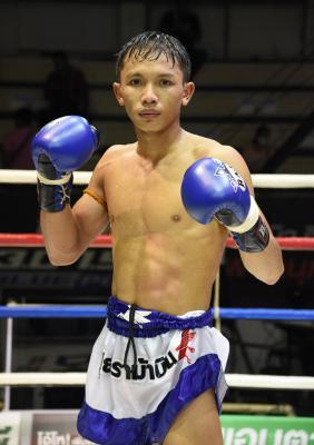 นาคี ศิริลักษณ์มวยไทย